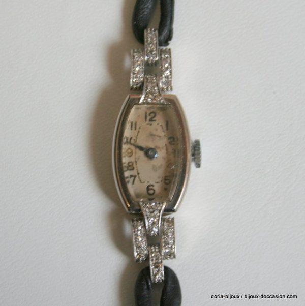 Montre Ancienne Bracelet Cuir Noir / Diamants