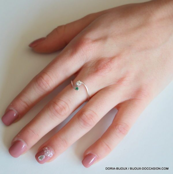 Bague Or Gris 18k 750 Emeraude Et Diamant 2.4Grs
