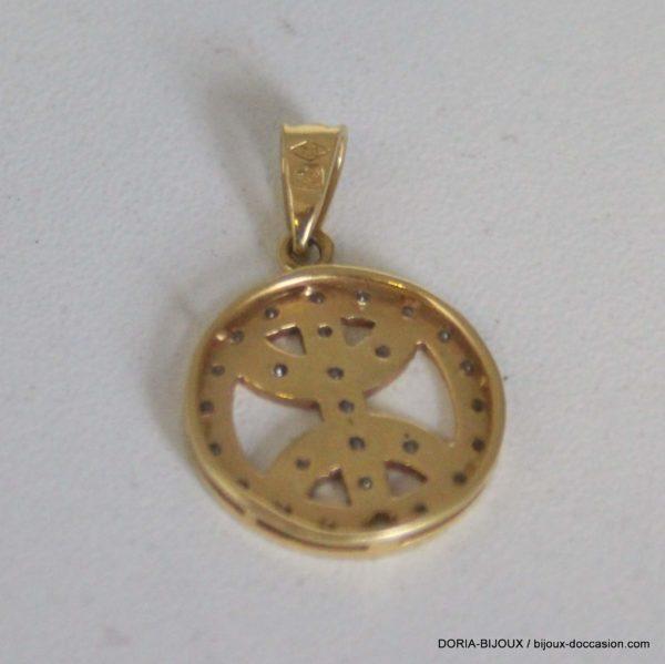 pendentif or 18k, 750 symbole berber oxydes 2.5grs