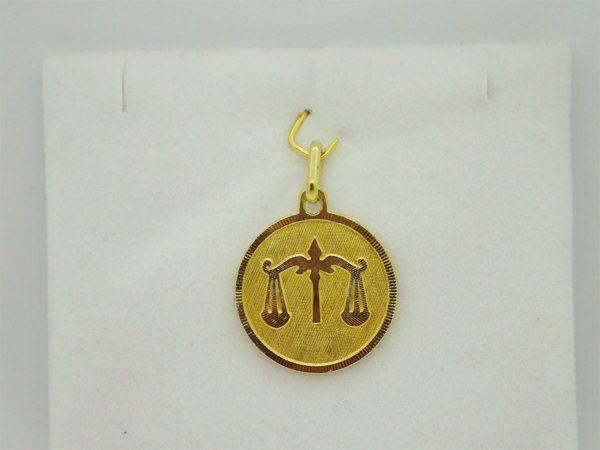 Pendentif medaille Zodiaque balance d'occasion en or jaune 18k, 750/000