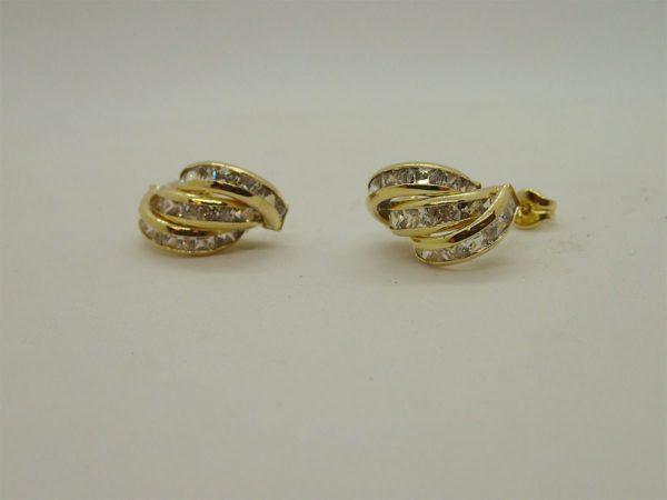 Boucles d' oreilles en or jaune 18k