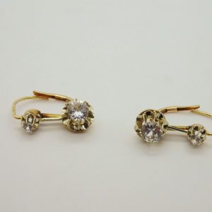 Boucles d'oreilles brisure vintage d'occasion en or bicolore 18k