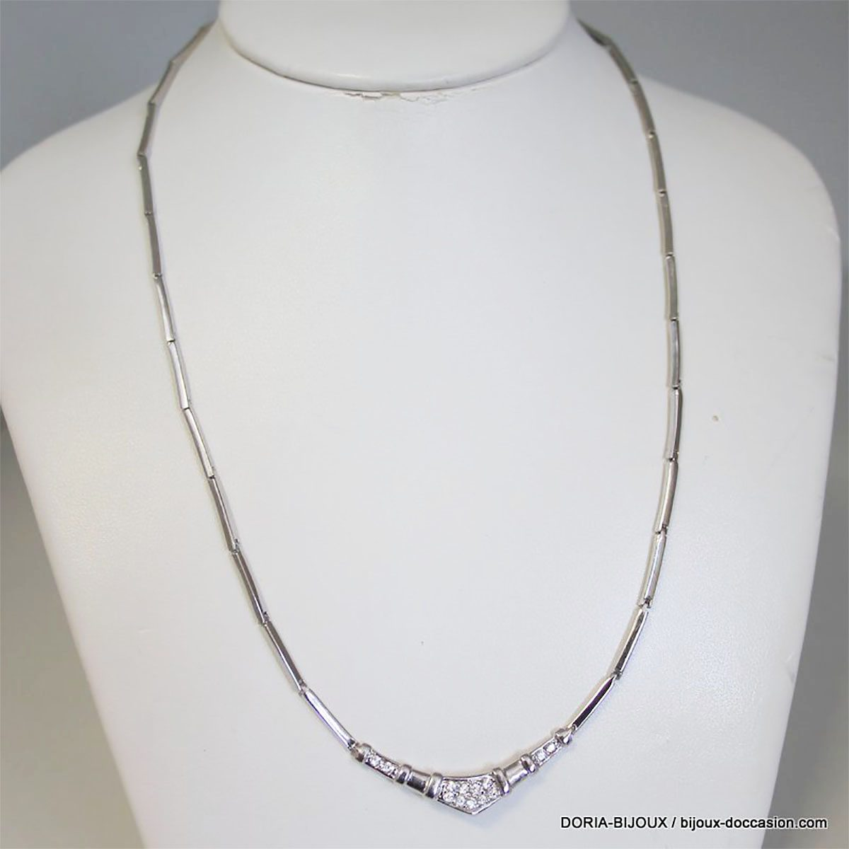 Collier Or Gris 18k 750/000 13 Diamants 13.9grs