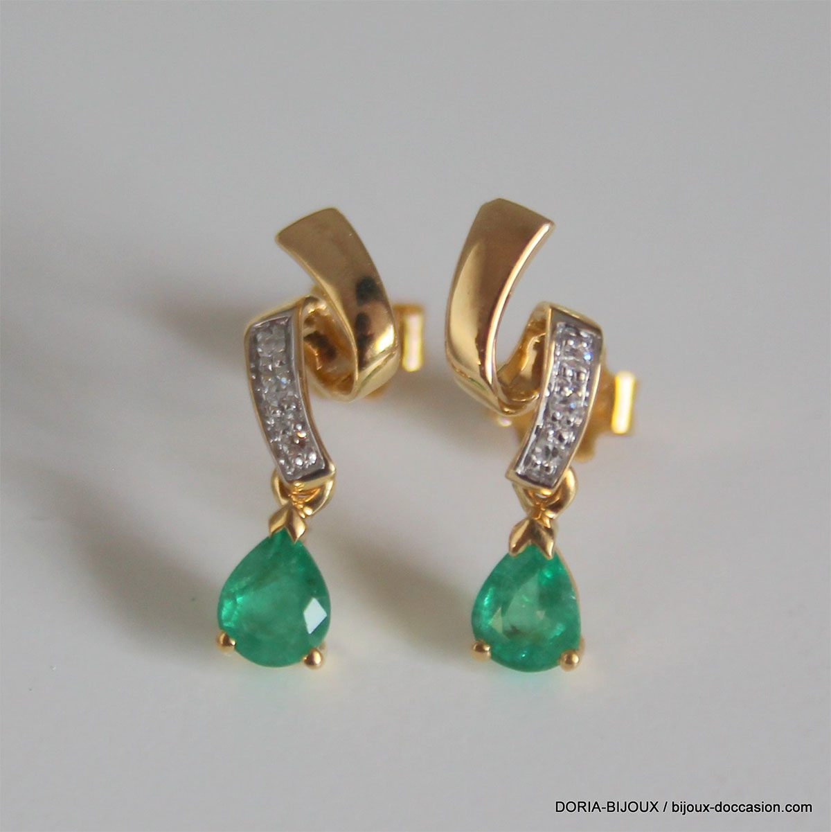 Boucles D'oreilles Or 18k Emeraude Diamant -1.7GRS