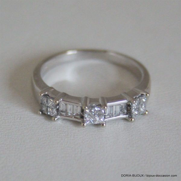Alliance Or Blanc  18 Diamants De 0.035 Carat