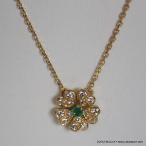 Collier Or 18k- 750 Pendentif Emeraude 5.5grs