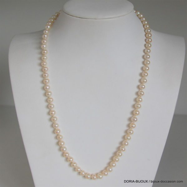 Collier de 78 perles de 5.50mm 50cm