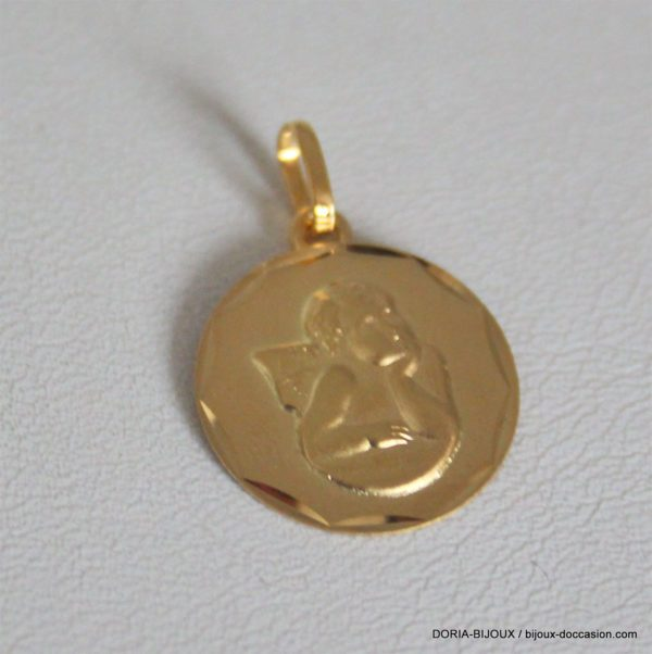 Medaille Ange Or Jaune 18k, 750/000 - 1.10grs