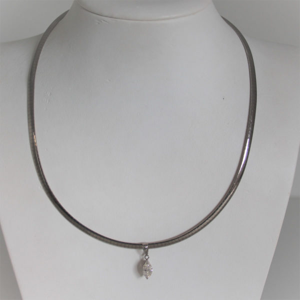 Collier Or 750 Omega Et Diamant 0.98carats - 19.6grs