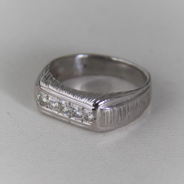 Bague  Or 18K750/000 Diamants - 5.07grs - 54