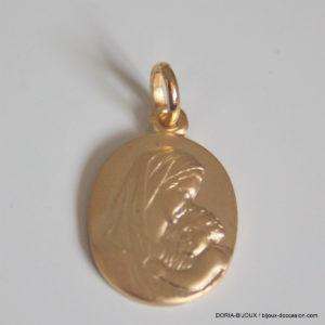 Médaille Vierge à l'Enfant Or Jaune 18k 750- 2.80grs
